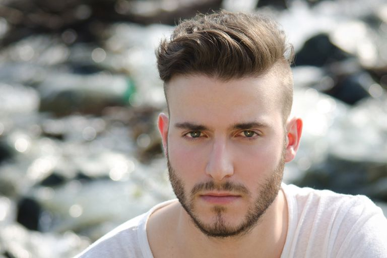 Kiểu tóc nam Undercut short sides