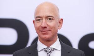 Jeff Bezos giàu thêm trong Covid-19